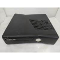 XBOX 360 S Console (Laser lens is broken !!) (No cables, no controller)